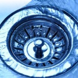 udrażnianie i przepychanie rur kanalizacji wanny zlewu kabiny prysznicowej gdańsk